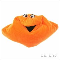 Living Puppets kissing pillow orange